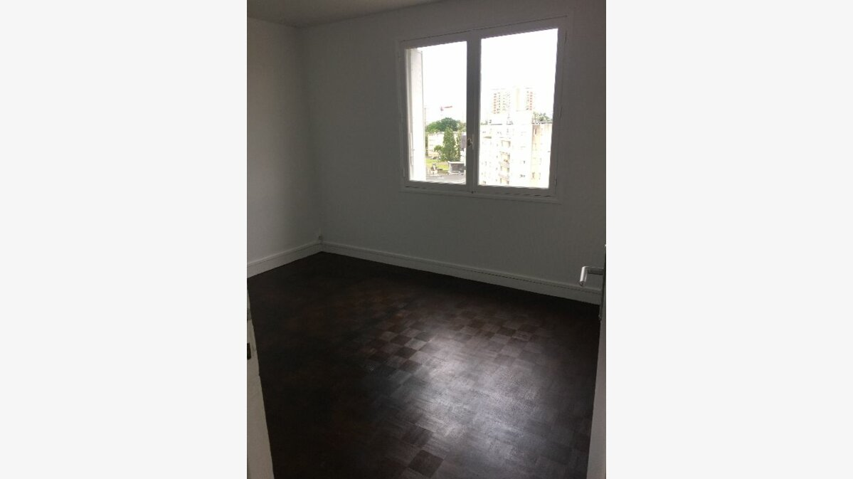 Location Appartement 4 pièces à Meaux - vignette-1