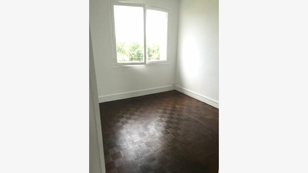 Location Appartement 4 pièces à Meaux - vignette-2
