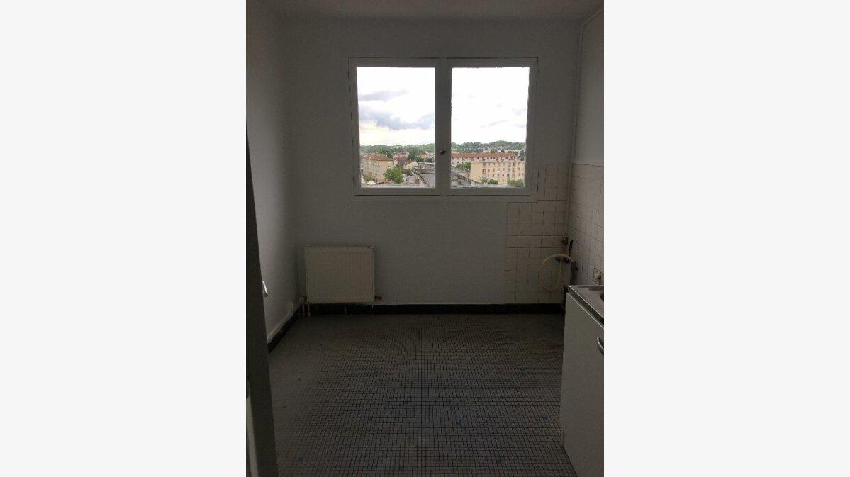 Location Appartement 4 pièces à Meaux - vignette-3