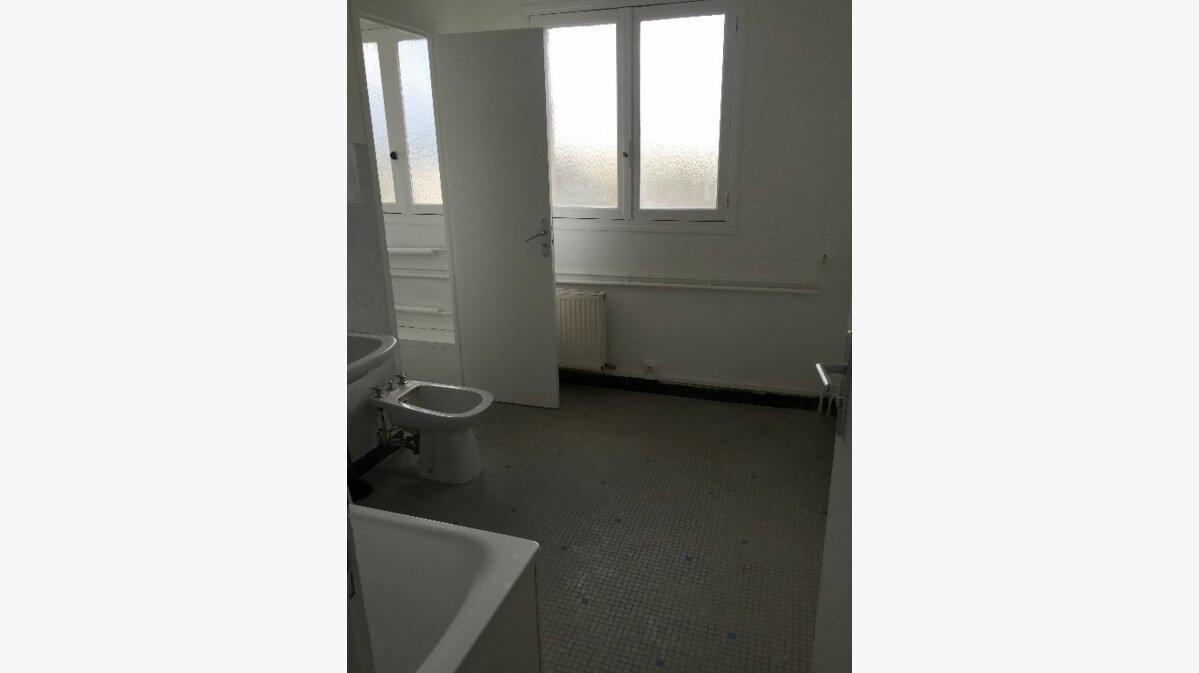 Location Appartement 4 pièces à Meaux - vignette-6
