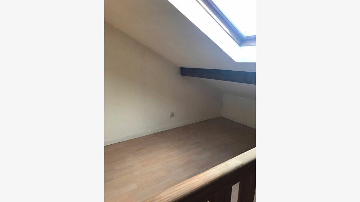 Location Appartement 2 pièces à Vaires-sur-Marne - vignette-4