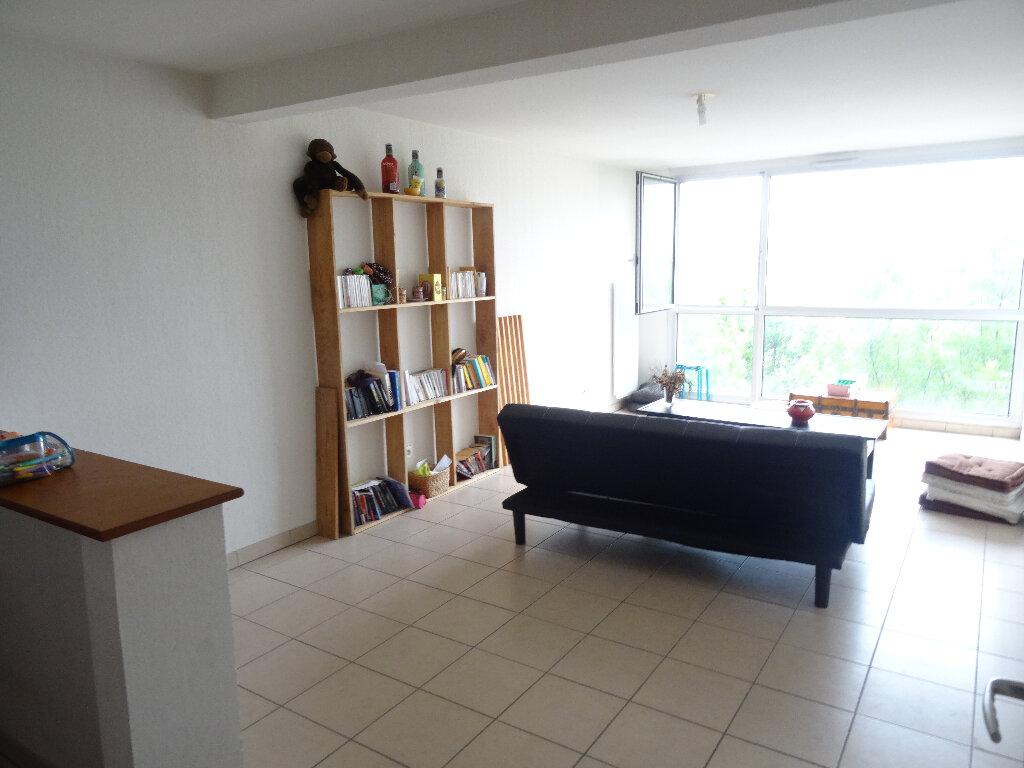 Achat Appartement 3 pièces à Bordeaux - vignette-2