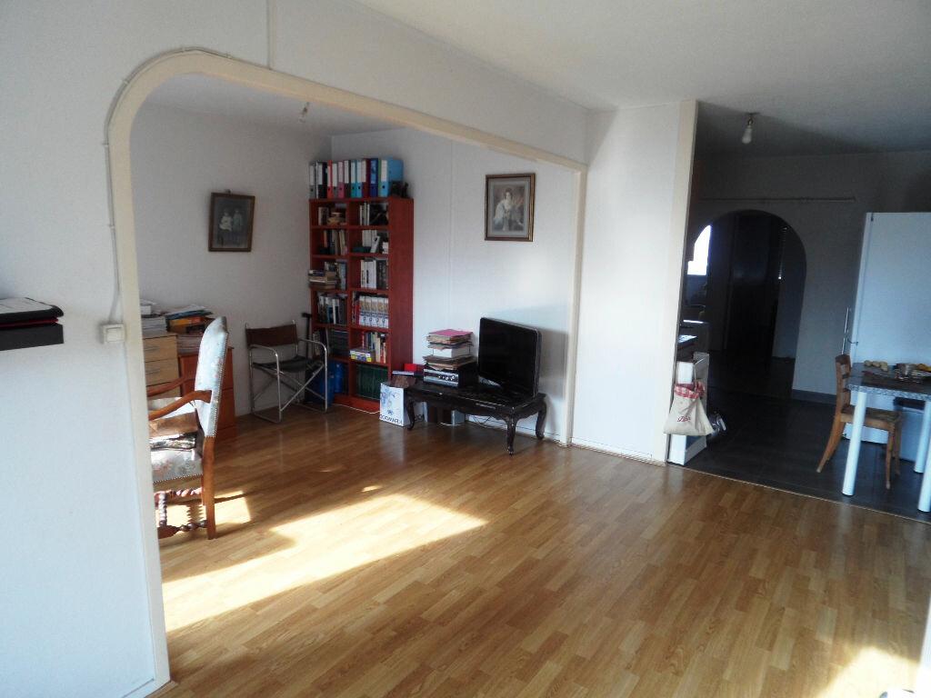 Achat Appartement 4 pièces à Bordeaux - vignette-1