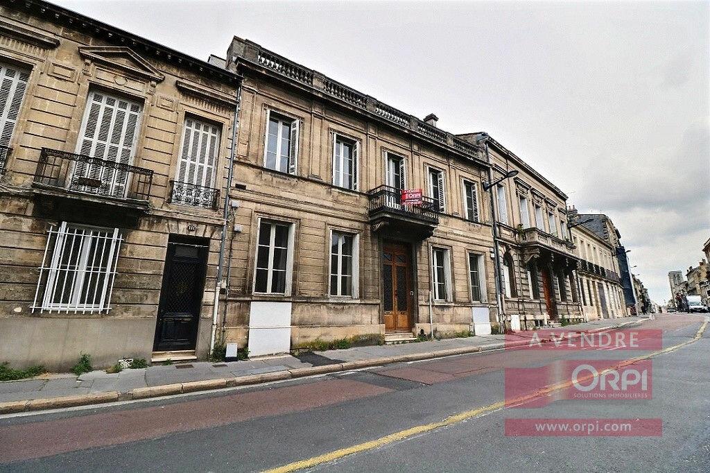 Achat Maison 12 pièces à Bordeaux - vignette-1
