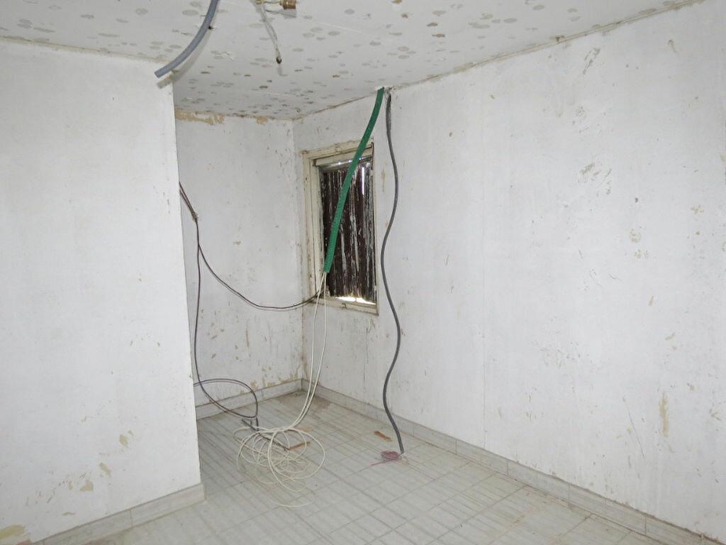 Achat Appartement  à Saint-Gilles - vignette-3
