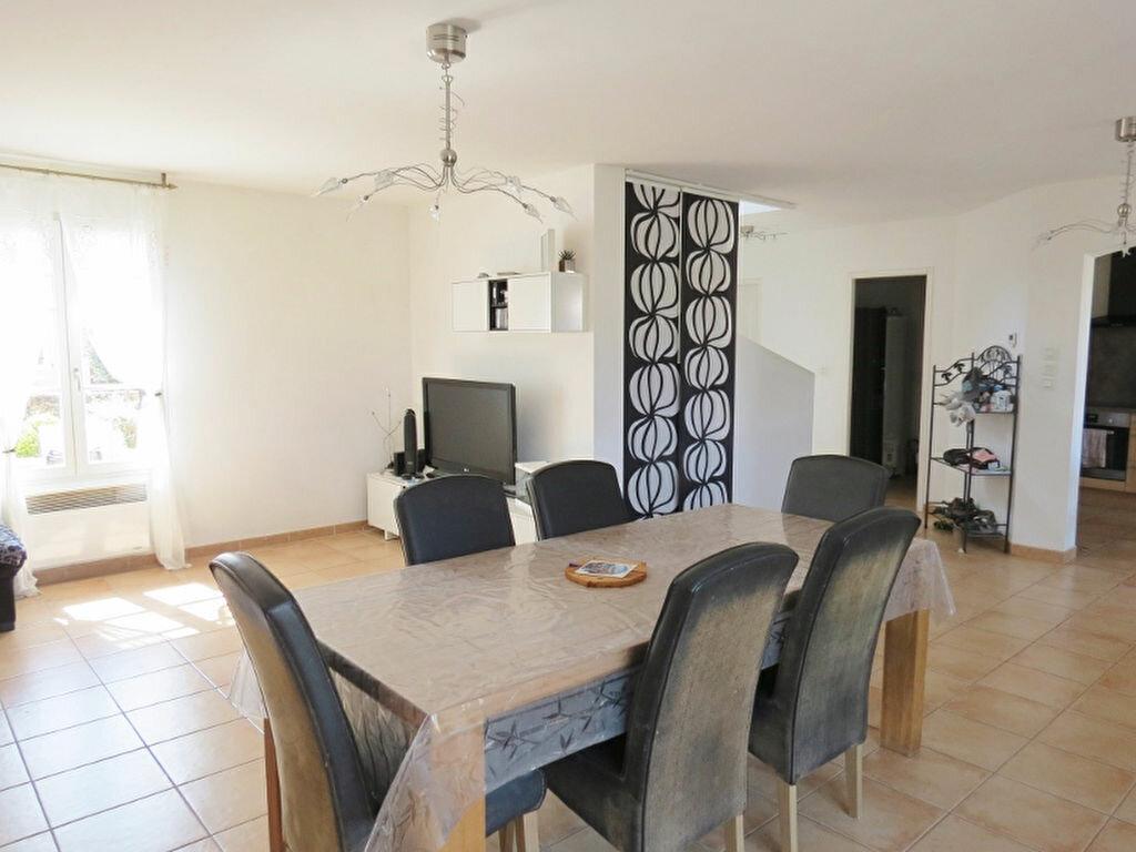 Achat Maison 4 pièces à Castillon-du-Gard - vignette-1