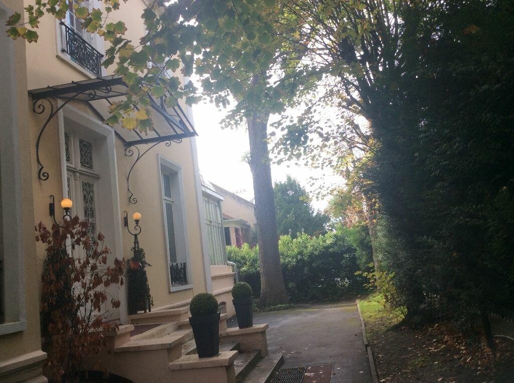Location Bureaux  à Nogent-sur-Marne - vignette-3