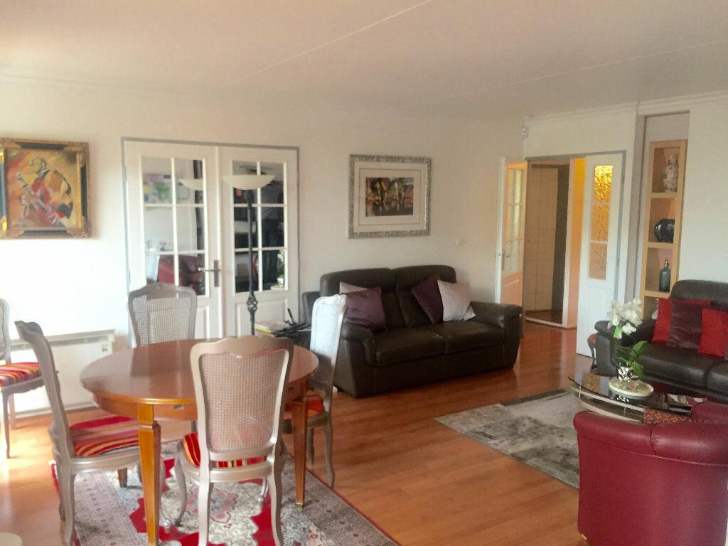 Achat Appartement 5 pièces à Montreuil - vignette-2