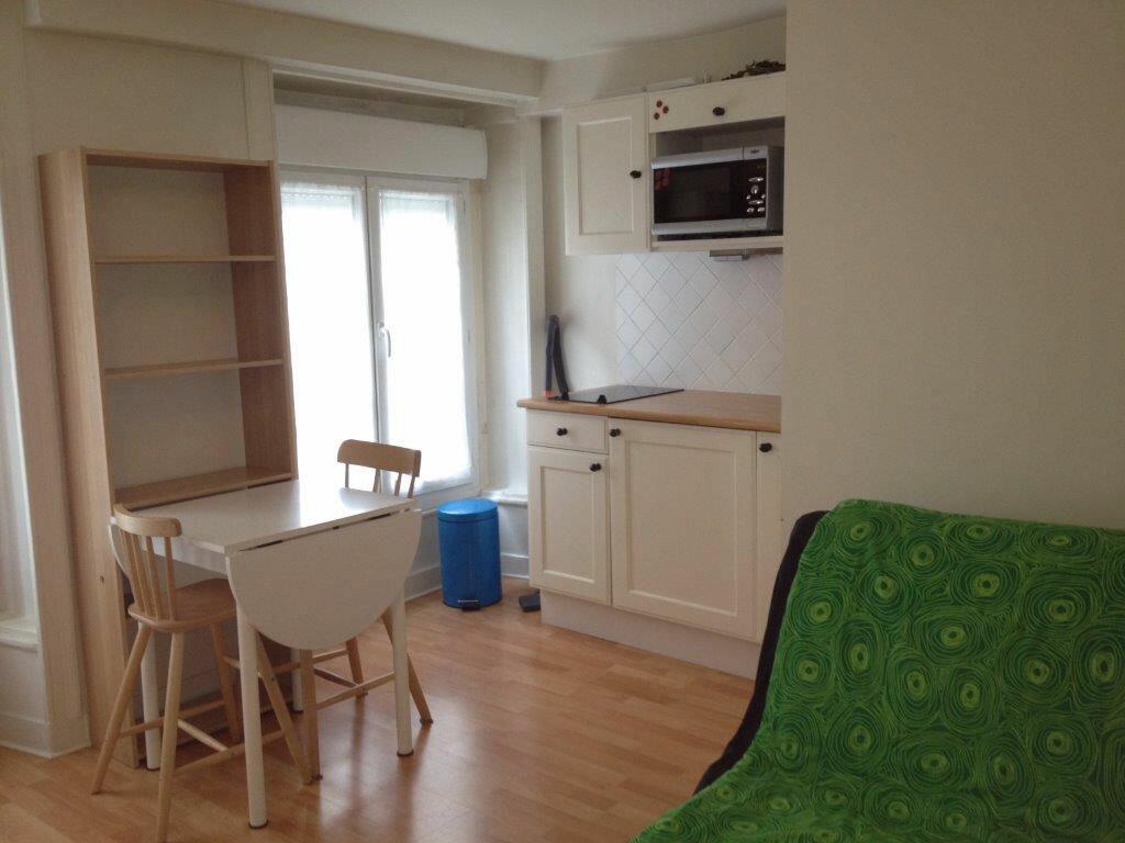 Location Appartement 1 pièce à Paris 2 - vignette-1