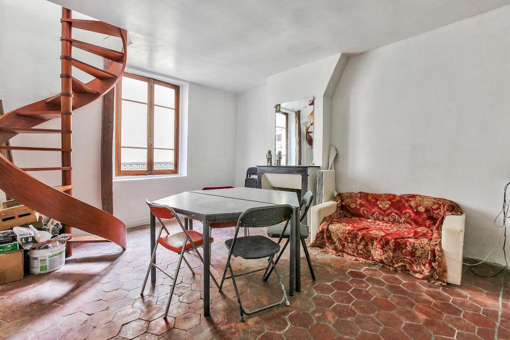 Achat Appartement 3 pièces à Paris 3 - vignette-2