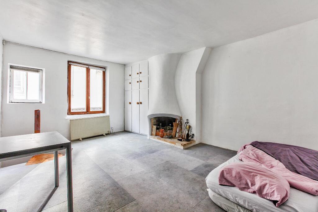 Achat Appartement 3 pièces à Paris 3 - vignette-4