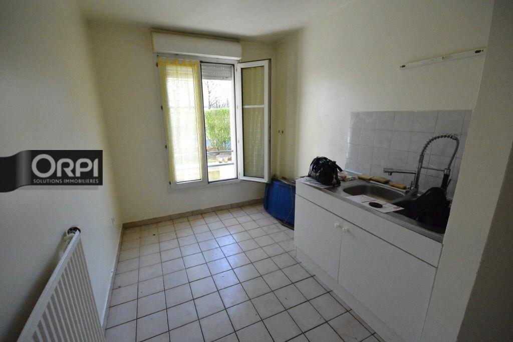 Achat Appartement 3 pièces à Bussy-Saint-Georges - vignette-3