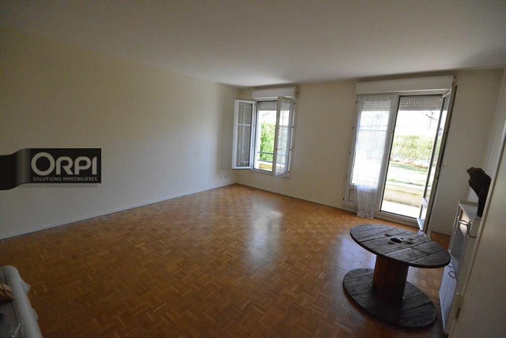 Achat Appartement 3 pièces à Bussy-Saint-Georges - vignette-4