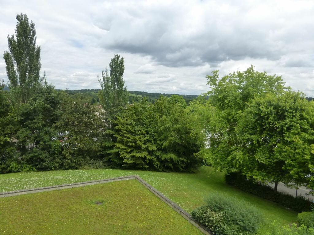 Achat Appartement 4 pièces à Saint-Thibault-des-Vignes - vignette-1