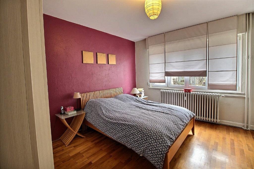 Achat Appartement 4 pièces à Colmar - vignette-2