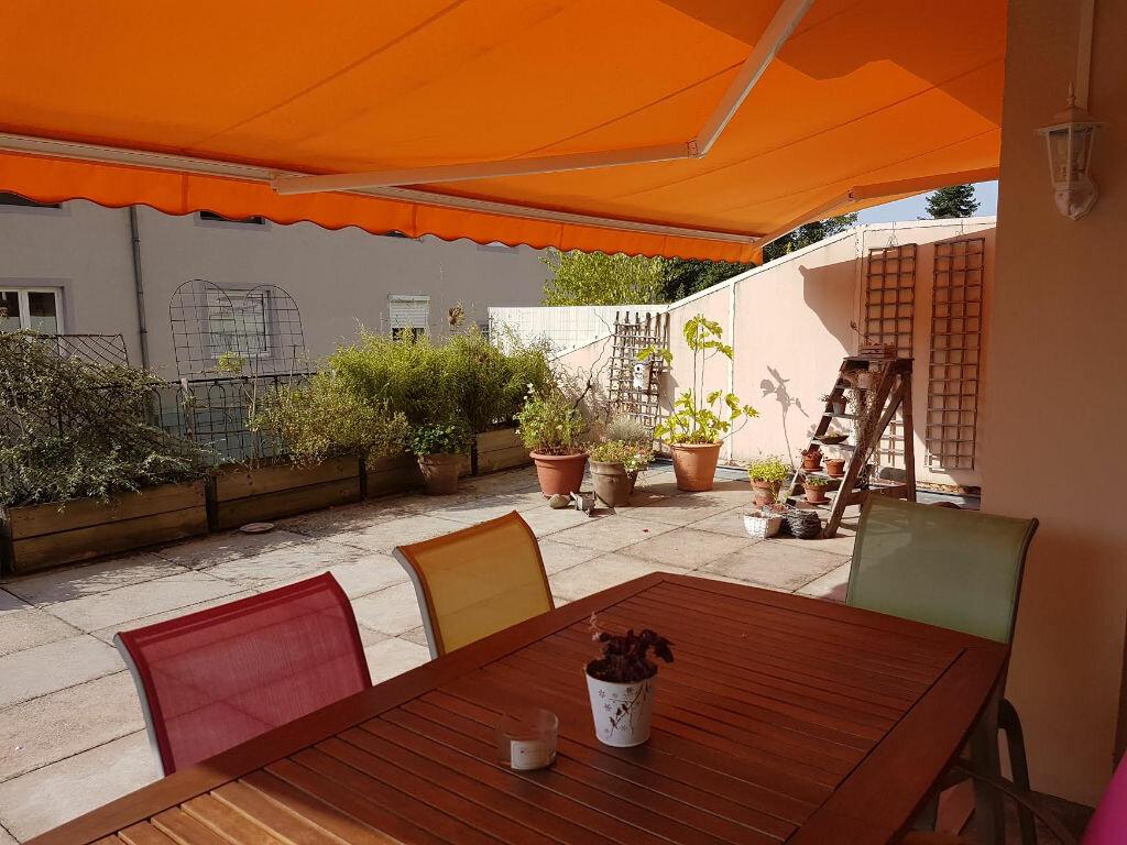 Achat Appartement 4 pièces à Colmar - vignette-4