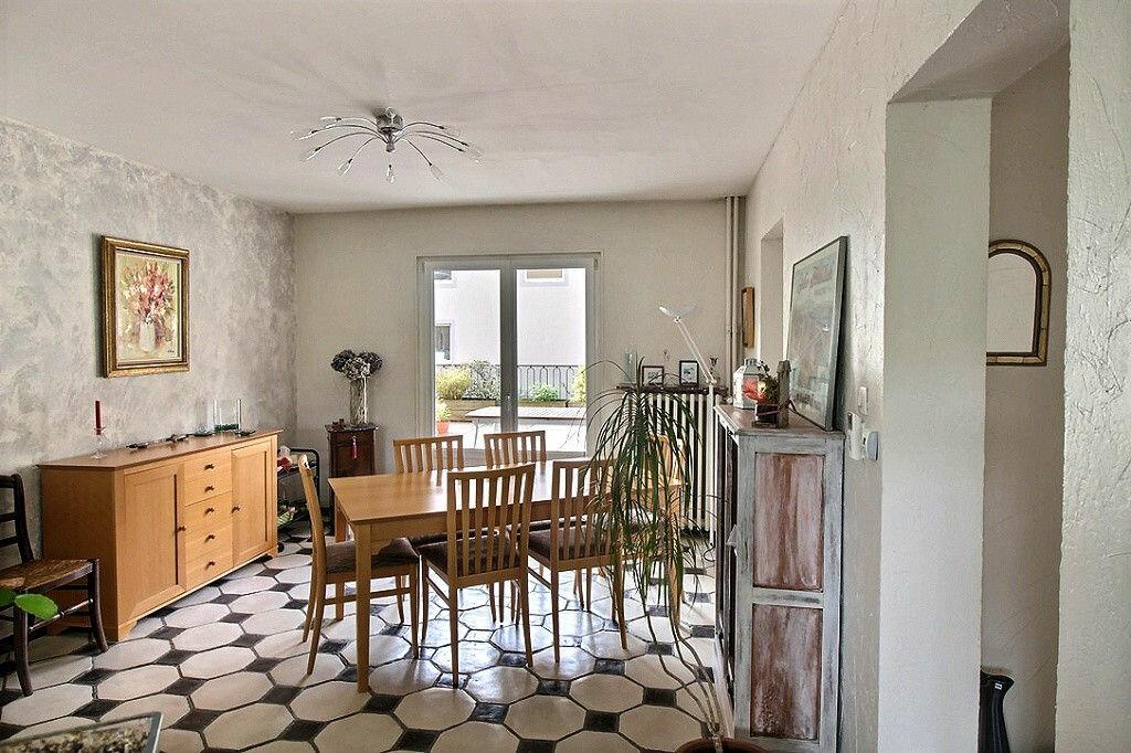 Achat Appartement 4 pièces à Colmar - vignette-5
