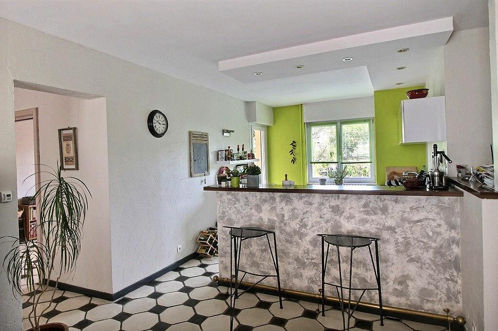 Achat Appartement 4 pièces à Colmar - vignette-6