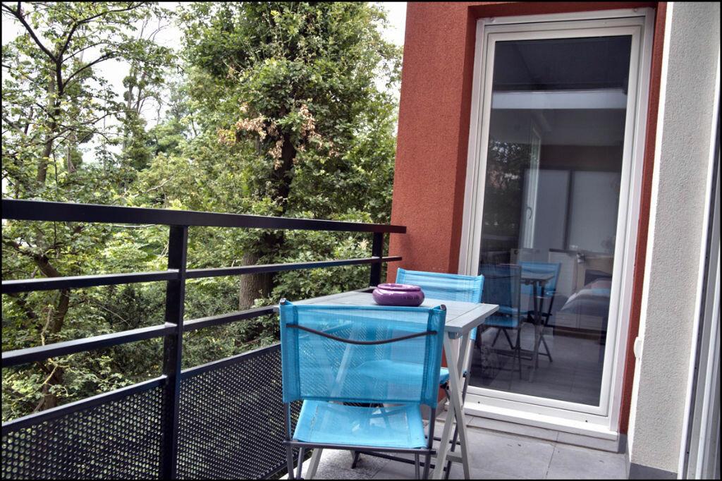 Achat Appartement 3 pièces à Noisy-le-Grand - vignette-4