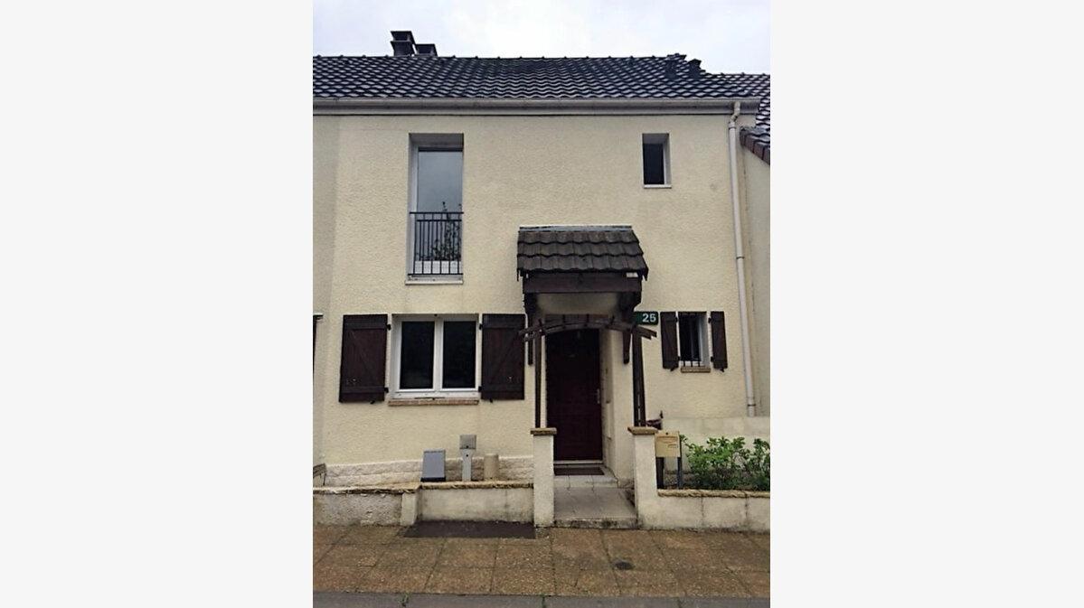 Achat Maison 4 pièces à Émerainville - vignette-1