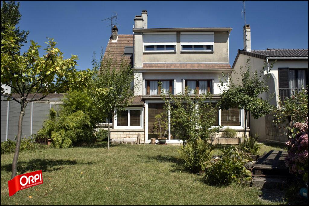 Achat Maison 6 pièces à Noisy-le-Grand - vignette-1
