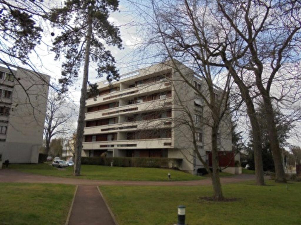 Location Appartement 4 pièces à Draveil - vignette-1