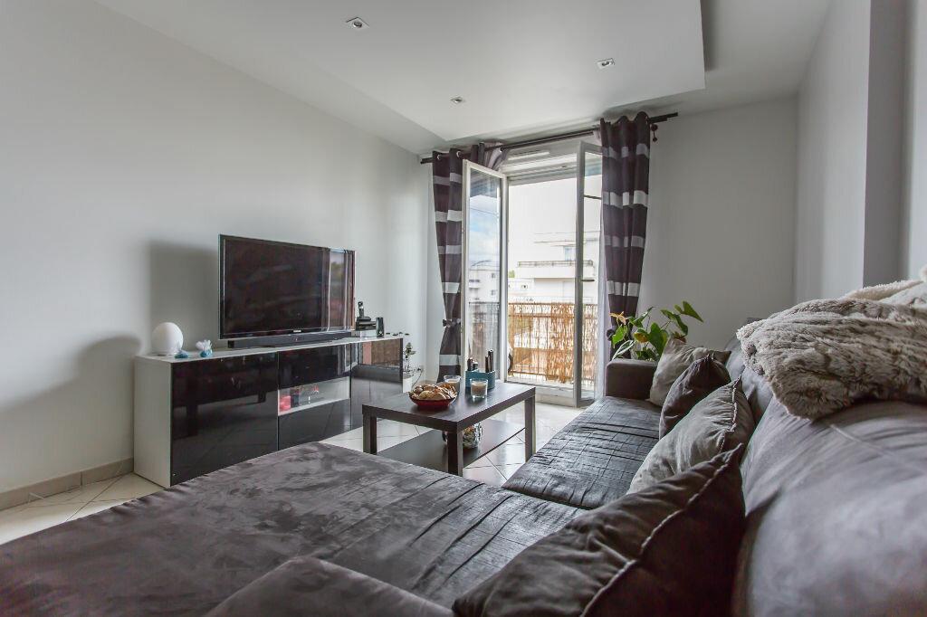 Achat Appartement 3 pièces à Vigneux-sur-Seine - vignette-1