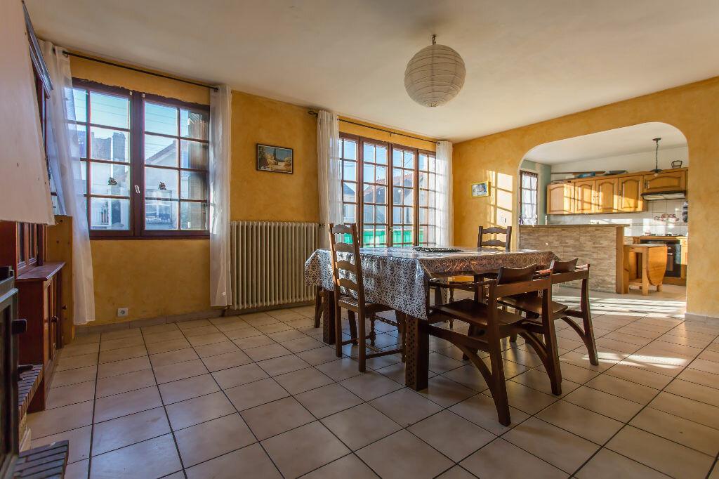 Achat Maison 6 pièces à Vigneux-sur-Seine - vignette-4