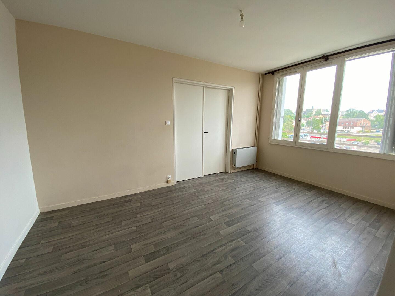 Location Appartement 2 pièces à Limoges - vignette-1