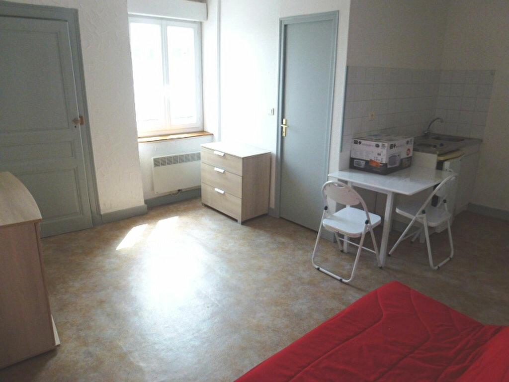Location Appartement 1 pièce à Limoges - vignette-1