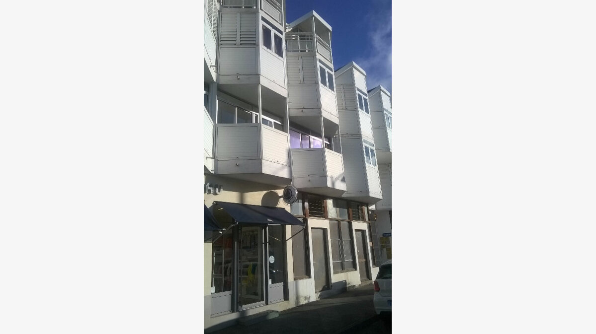 Achat Appartement 1 pièce à Saint-Denis - vignette-1