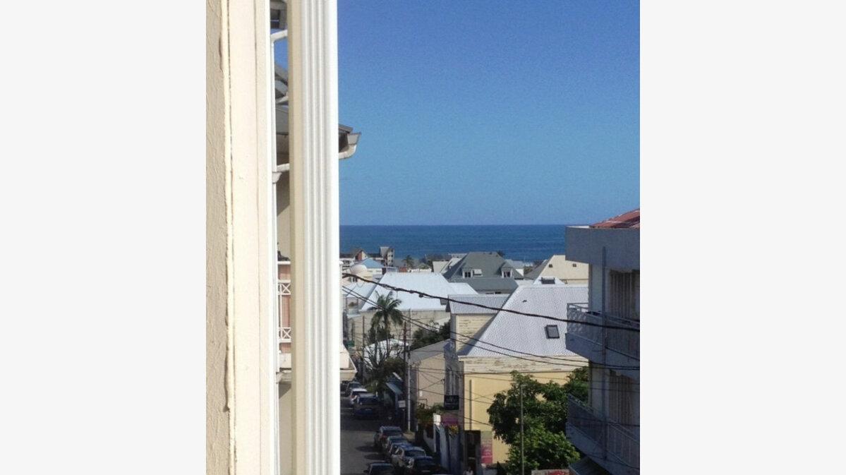 Achat Appartement 3 pièces à Saint-Pierre - vignette-1