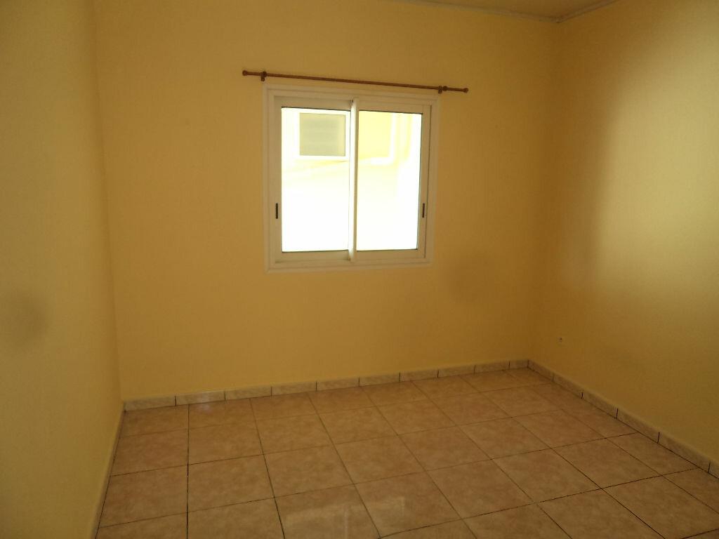 Location Appartement 3 pièces à Le Tampon - vignette-4