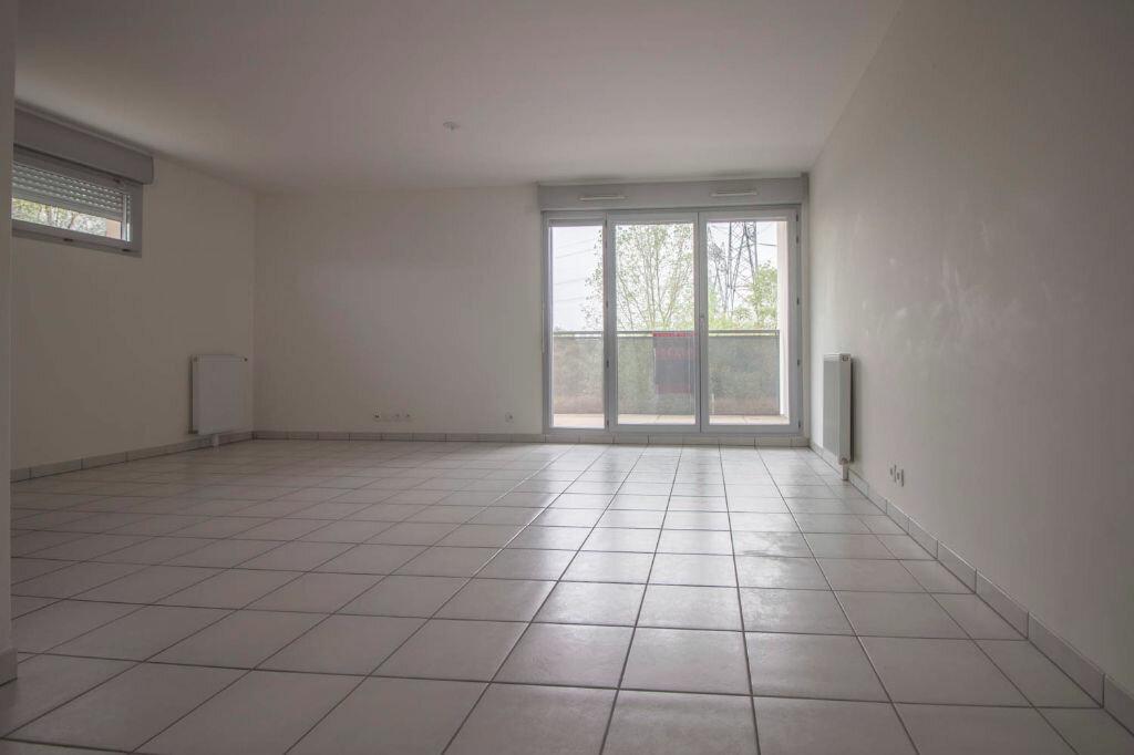 Location Appartement 3 pièces à Osny - vignette-1