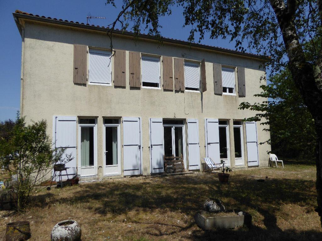 Achat Maison 7 pièces à Nuaillé-d'Aunis - vignette-1