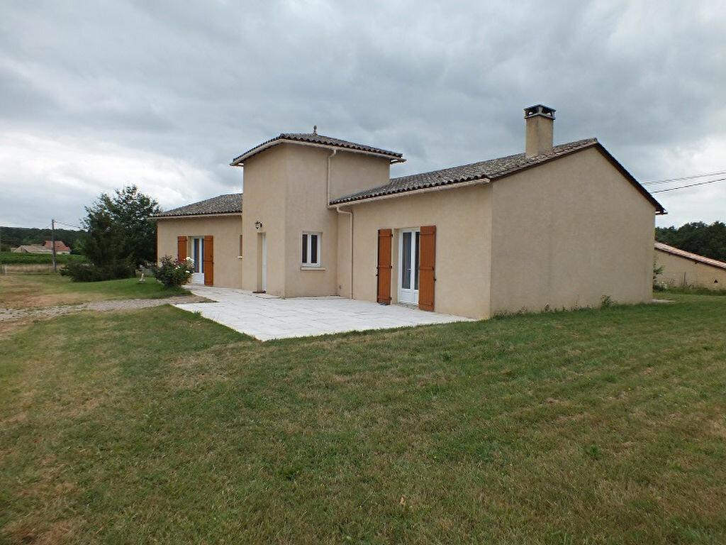 Achat Maison 5 pièces à Gageac-et-Rouillac - vignette-1
