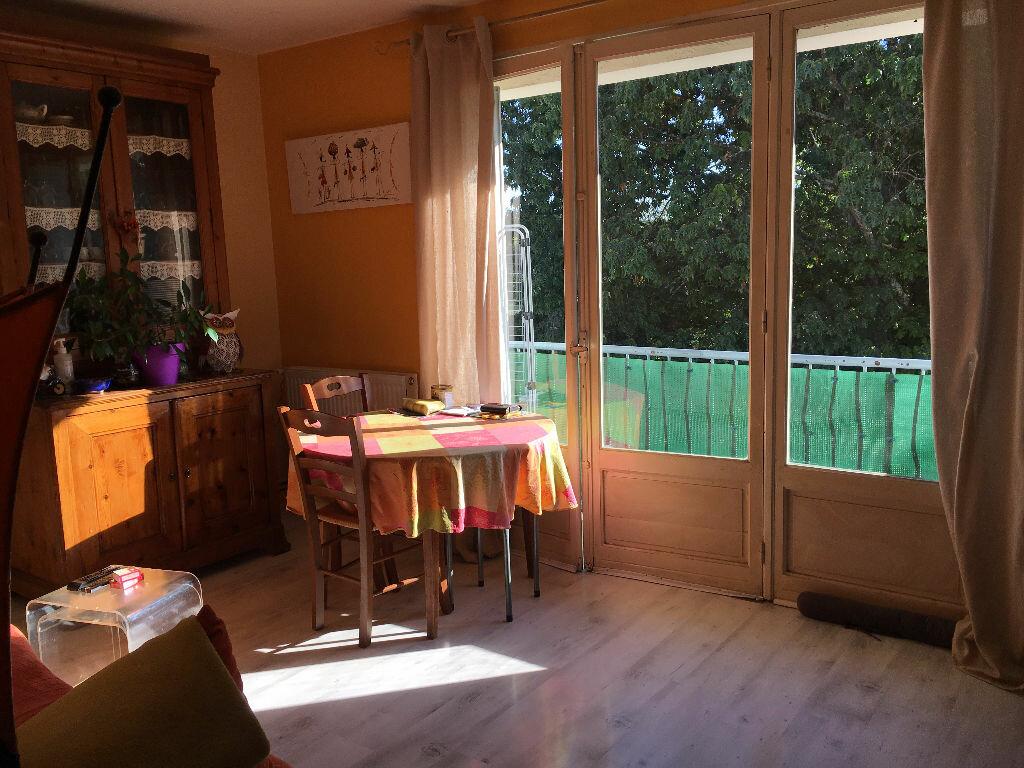 Achat Appartement 4 pièces à Bergerac - vignette-3