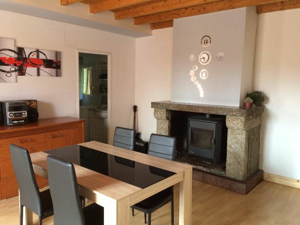 Achat Maison 4 pièces à Saint-Salvy-de-la-Balme - vignette-1