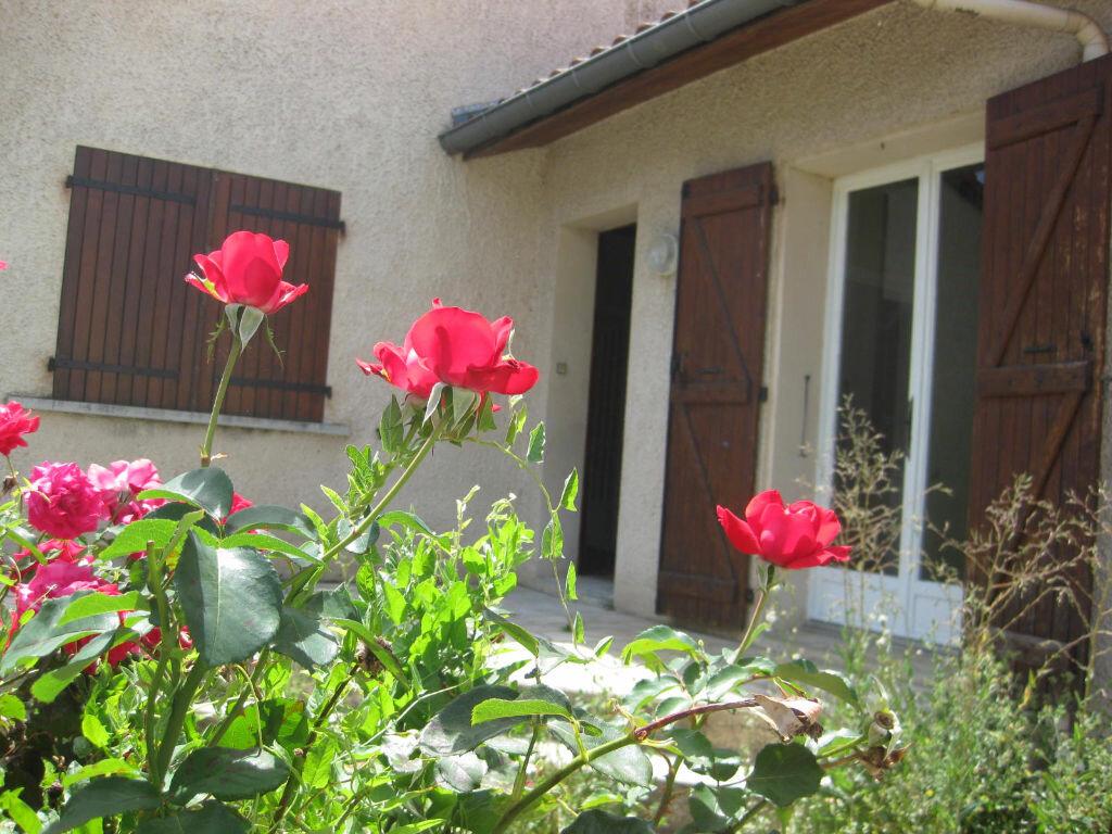 Location Maison 4 pièces à Castres - vignette-2