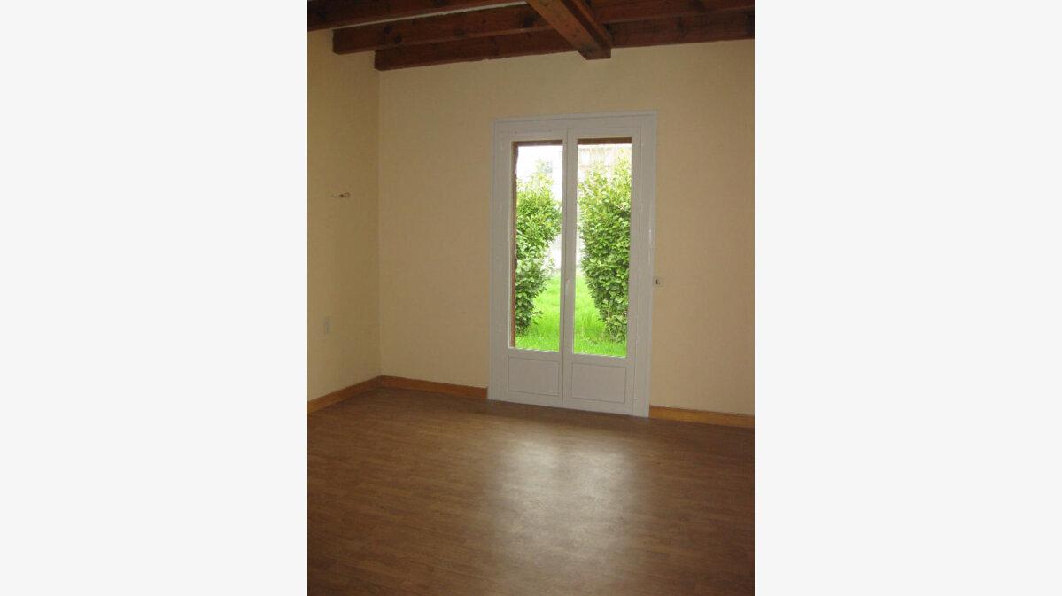 Location Maison 4 pièces à Castres - vignette-6