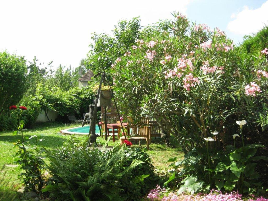 Location Maison 5 pièces à Soual - vignette-1