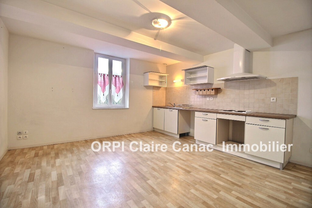 Location Appartement 2 pièces à Saint-Lieux-lès-Lavaur - vignette-1