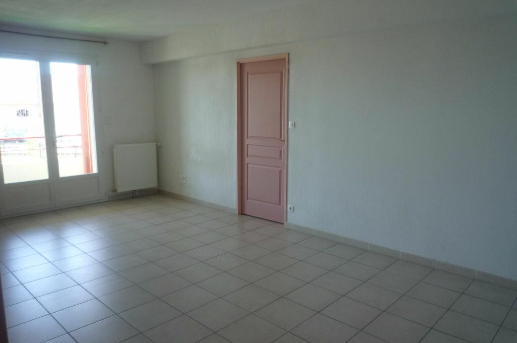 Achat Appartement 3 pièces à Lavaur - vignette-1