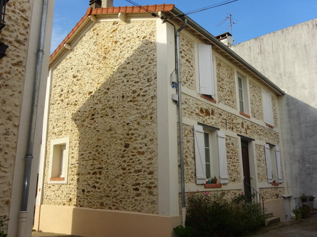 Location Appartement 1 pièce à Soisy-sur-Seine - vignette-1