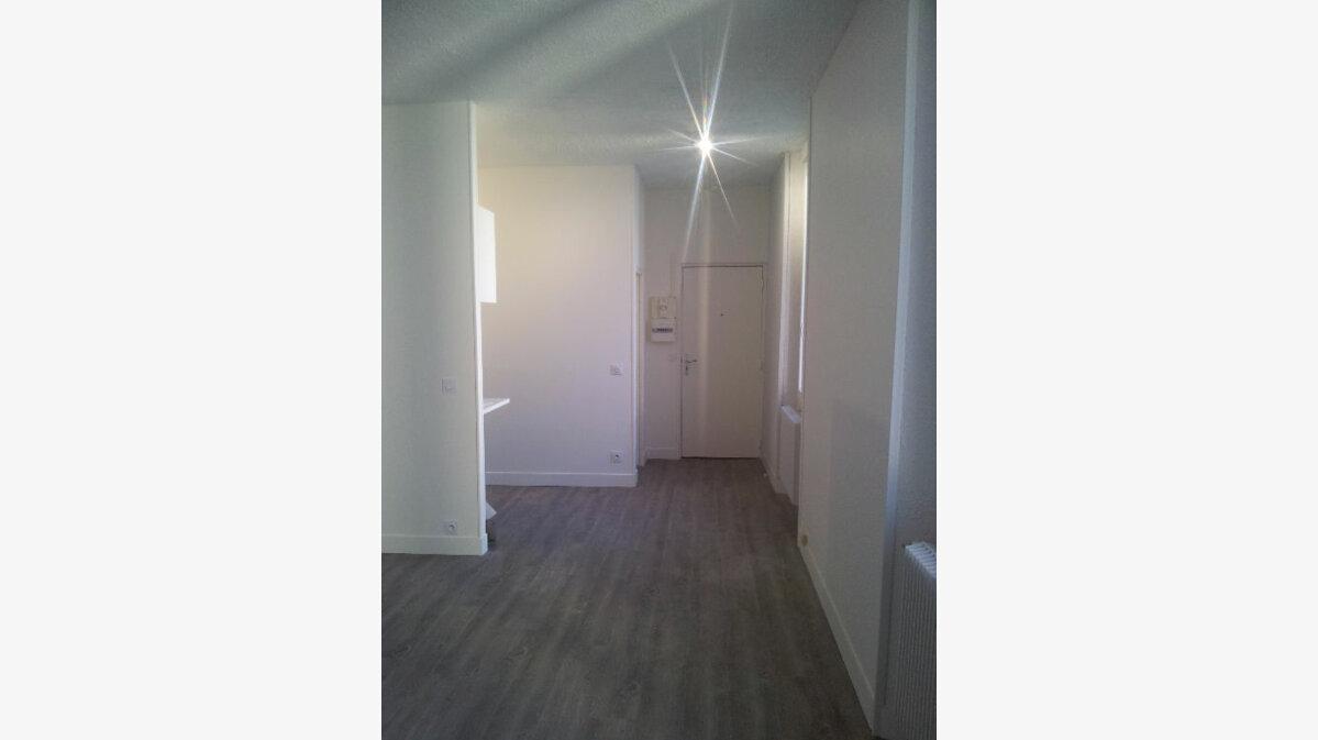 Location Appartement 1 pièce à Soisy-sur-Seine - vignette-3