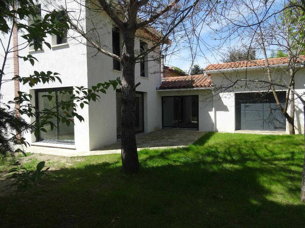 Achat Maison 8 pièces à Labarthe-sur-Lèze - vignette-1