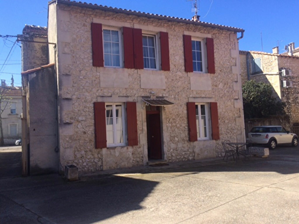 Location Maison 3 pièces à Châteaurenard - vignette-1