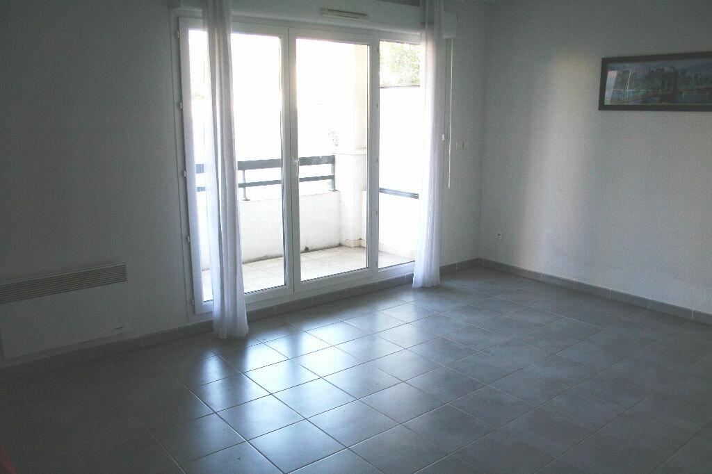 Achat Appartement 2 pièces à Châteaurenard - vignette-1