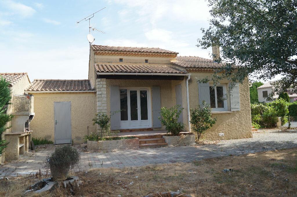 Location Maison 4 pièces à Rognonas - vignette-1