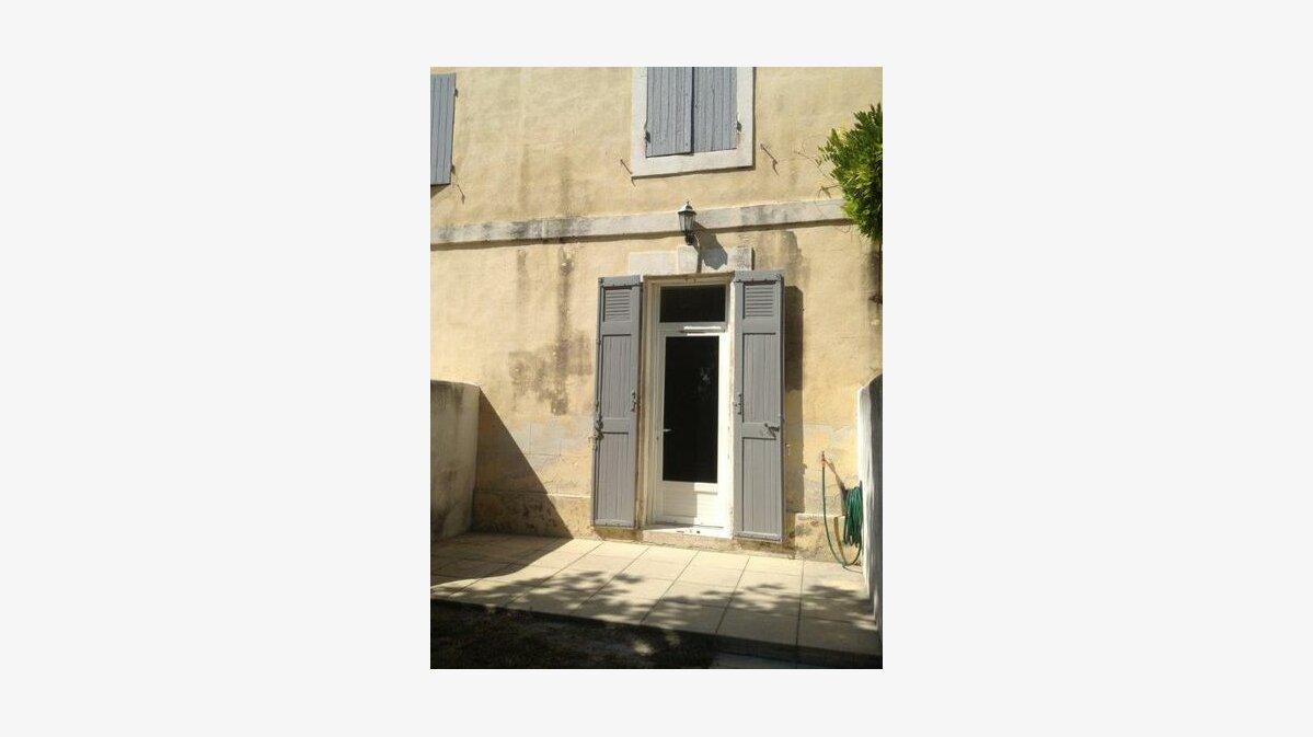 Location Maison 3 pièces à Graveson - vignette-1